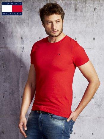 TOMMY HILFIGER Czerwony t-shirt męski                               zdj.                              3