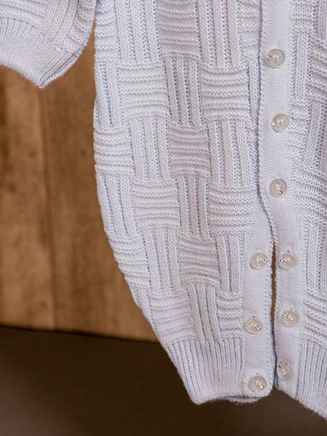 Włóczkowy rozpinany kombinezon niemowlęcy jasnoniebieski                              zdj.                              7