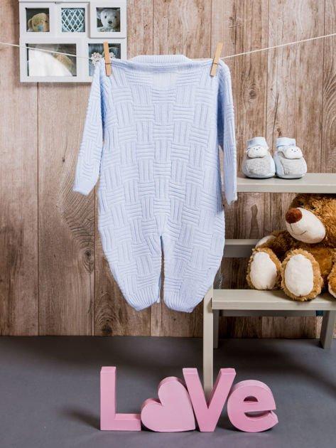 Włóczkowy rozpinany kombinezon niemowlęcy jasnoniebieski                              zdj.                              4