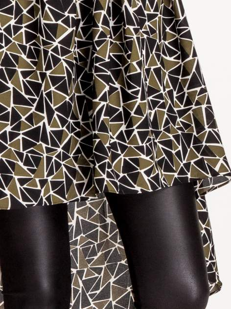 Wzorzysta sukienka mgiełka ze skórzanymi wstawkami                                  zdj.                                  8
