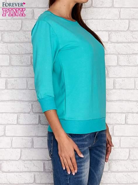 Zielona bluza z naszywkami na rękawie                                  zdj.                                  3