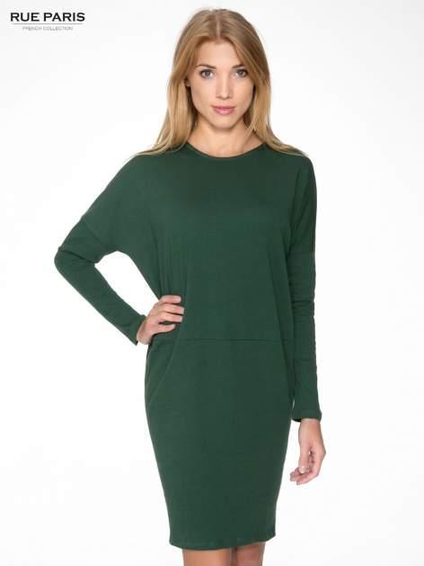 Zielona dresowa sukienka z nietoperzowymi rękawami                                  zdj.                                  1