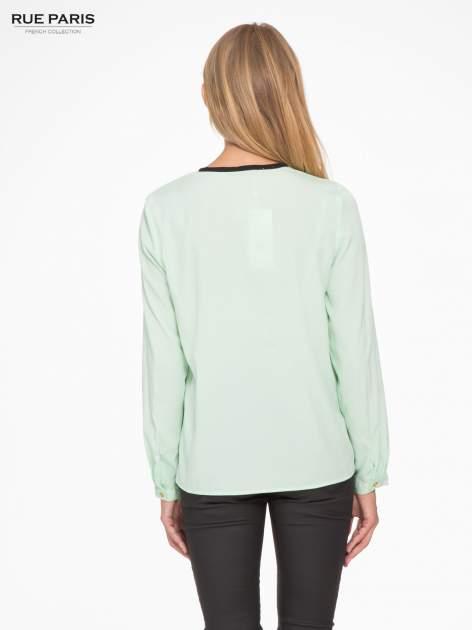 Zielona koszula z kontrastową listwą                                  zdj.                                  4