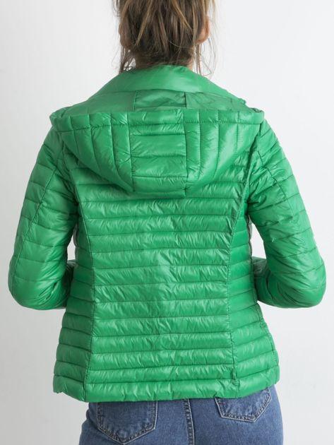Zielona kurtka przejściowa z kapturem                              zdj.                              2