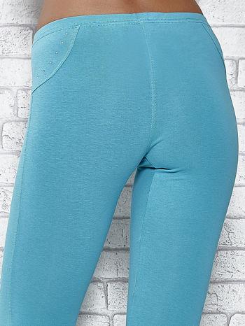 Zielone legginsy sportowe 7/8 z wiązaniem                                  zdj.                                  5