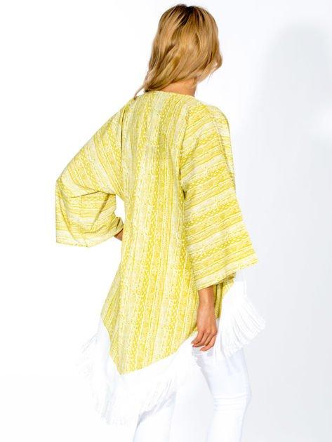 Zielone wzorzyste kimono z frędzlami w stylu boho                                  zdj.                                  2