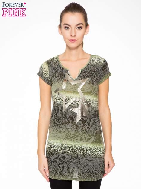 Zielony panterkowy t-shirt z nadrukiem gwiazdy