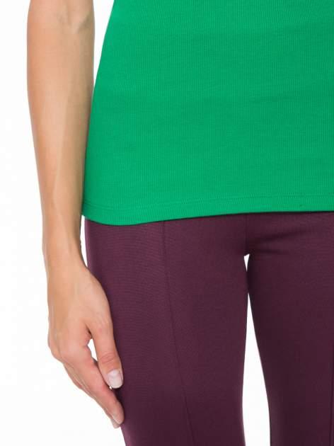 Zielony prążkowany top na cienkich ramiączkach                                  zdj.                                  7