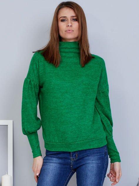 Zielony sweter z szerokimi rękawami                              zdj.                              1