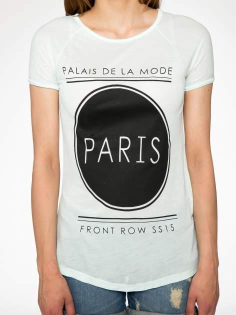 Zielony t-shirt z nadrukiem PARIS                                  zdj.                                  5