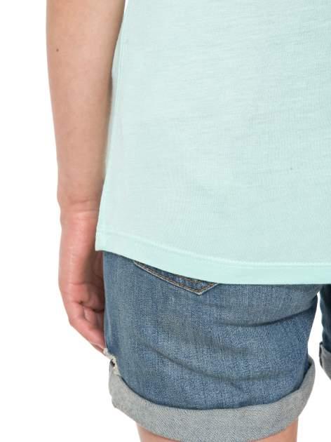 Zielony t-shirt z napisem FOREVER i nadrukiem tygrysa                                  zdj.                                  6