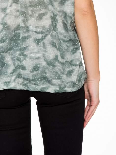 Zielony t-shirt z napisem LET'S GO i koronkowymi wstawkami                                  zdj.                                  9