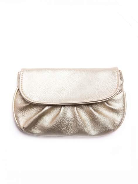 Złota mini torebka kopertówka z paskiem