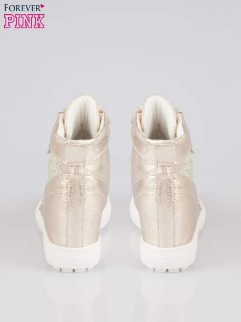 Złote sneakersy damskie z kryształkami                                  zdj.                                  3
