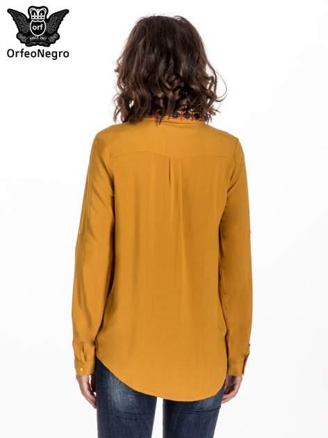 Żółta koszula z haftowanym kołnierzykiem                                  zdj.                                  3