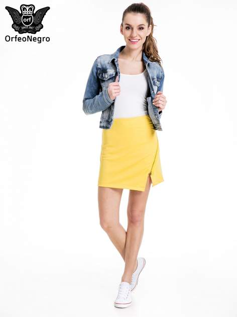 Żółta minispódnica z asymetrycznym suwakiem