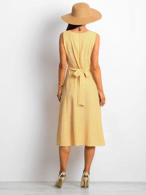 Żółta sukienka Respected                              zdj.                              2
