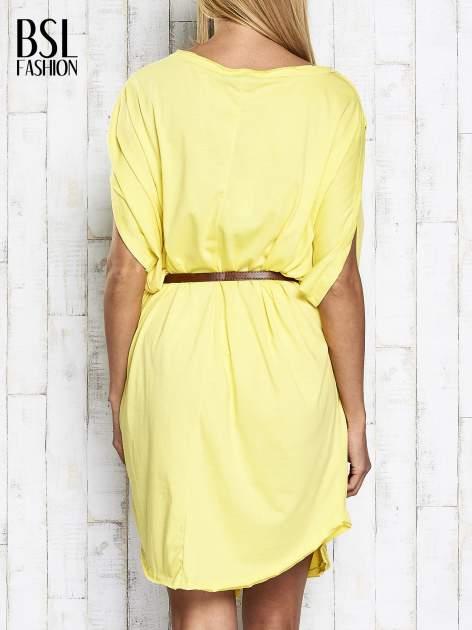 Żółta sukienka oversize z guzikami                                  zdj.                                  5