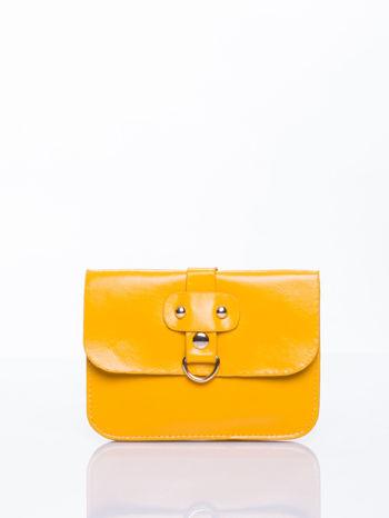 Żółta torebka listonoszka z klapką                                  zdj.                                  1