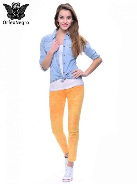 Żółte spodnie jeansowe rurki typu marmurki                                  zdj.                                  4