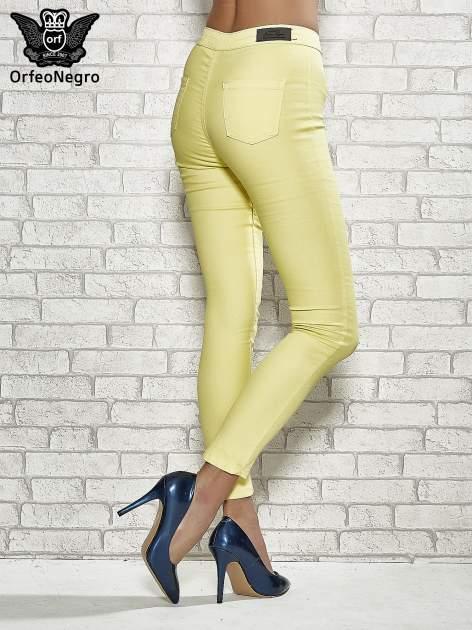 Żółte spodnie rurki skinny                                  zdj.                                  2