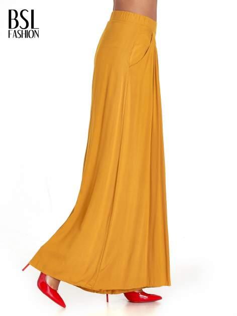 Żółte zwiewne spodnie typu culottes                                  zdj.                                  5