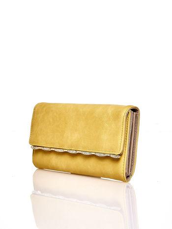 Żółty portfel z ozdobną aplikacją                                  zdj.                                  3
