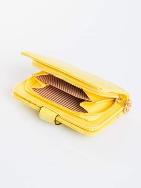 Żółty portfel z plecionką                                  zdj.                                  4