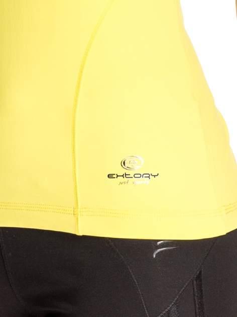 Żółty t-shirt sportowy z dekoltem V-neck PLUS SIZE                                  zdj.                                  5