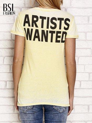 Żółty t-shirt z literą A