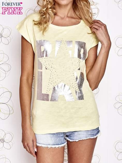 Żółty t-shirt z motywem gwiazdy i dżetami                                  zdj.                                  1