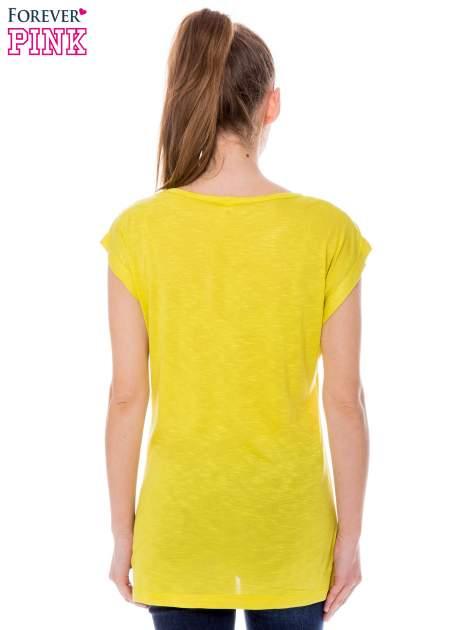 Żółty t-shirt z nadrukiem serca i napisem DREAM                                  zdj.                                  3