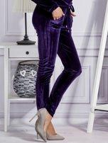 Aksamitne spodnie dresowe fioletowe                                  zdj.                                  5