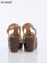 Beżowe sandały na korkowych koturanach Monnari z tygrysim wzorem na paskach                                  zdj.                                  5