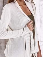 Beżowy długi sweter z wykończeniem w prążki                                  zdj.                                  5