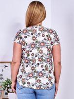 Beżowy t-shirt w roślinne desenie PLUS SIZE                                  zdj.                                  2