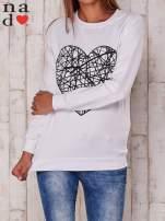 Biała bluza z nadrukiem serca                                  zdj.                                  1