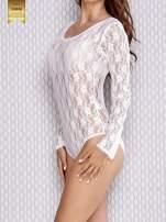 Białe koronkowe body damskie z długim rękawem