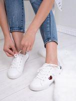 Białe tenisówki Kylie z kolorowymi serduszkami                                   zdj.                                  4