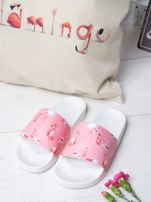 Biało-różowe klapki z ozdobnym nadrukiem w flamingi                                   zdj.                                  1