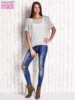 Biały ażurowy sweter z metaliczną nicią                                  zdj.                                  2