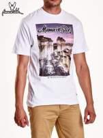 Biały t-shirt męski ze zdjęciem miasta                                  zdj.                                  4