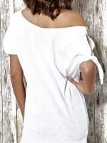 Biały t-shirt z nadrukiem dziewczyny Funk n Soul                                  zdj.                                  6