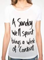 Biały t-shirt z napisem A SUNDAY                                  zdj.                                  6