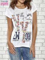 Biały t-shirt z napisem NEW YORK THE EXCLUSIVE CITY                                  zdj.                                  1