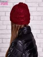 Bordowa czapka z warkoczowym splotem                                  zdj.                                  2