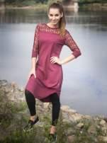 Bordowa dresowa sukienka z koronkowym karczkiem                                  zdj.                                  10