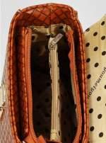 Brązowa pikowana mini torebka kuferek w stylu retro                                  zdj.                                  8