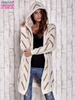 Camelowy włochaty sweter z kapturem                                  zdj.                                  8
