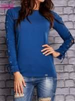 Ciemnoniebieska bluzka z wiązaniem na rękawach                                  zdj.                                  1